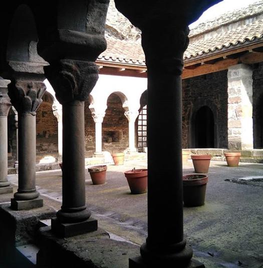 Claustre Sant Pere Casserres